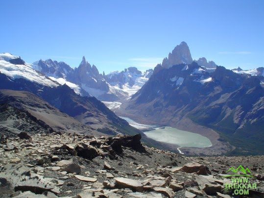 Vista of lake and torre hill - Pliegue Tumbado