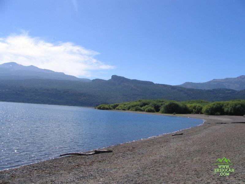 lago Futalaufquen. que tranquilidad