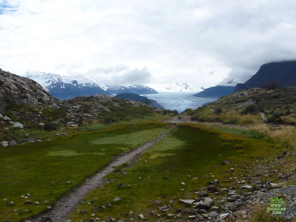 Trail to Grey glacier